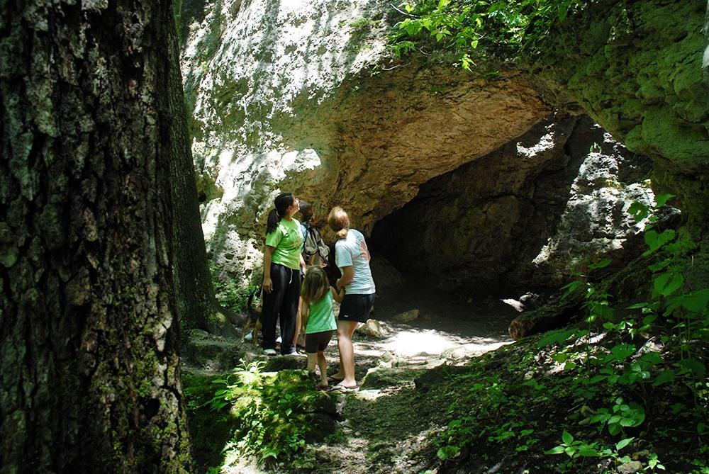 Anamosa State Park Backbone State Park