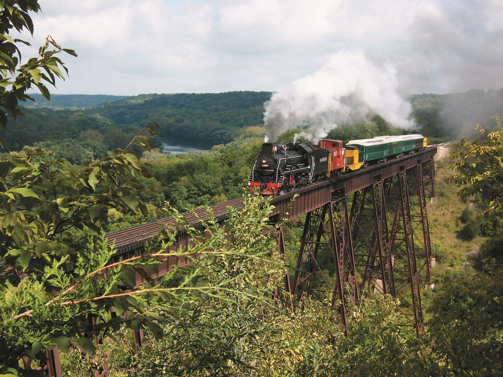 Restaurants With A View Boone Scenic Valley Railroad Dinner Train Iowa