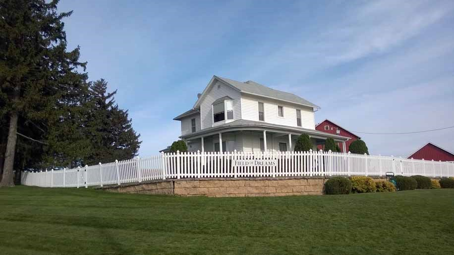 17 Things to Do in 2017: Tour the Field of Dreams house