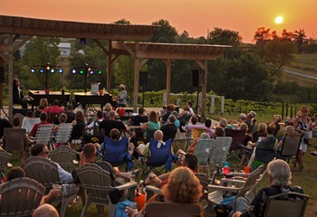 Dueling Pianos at Fireside Winery