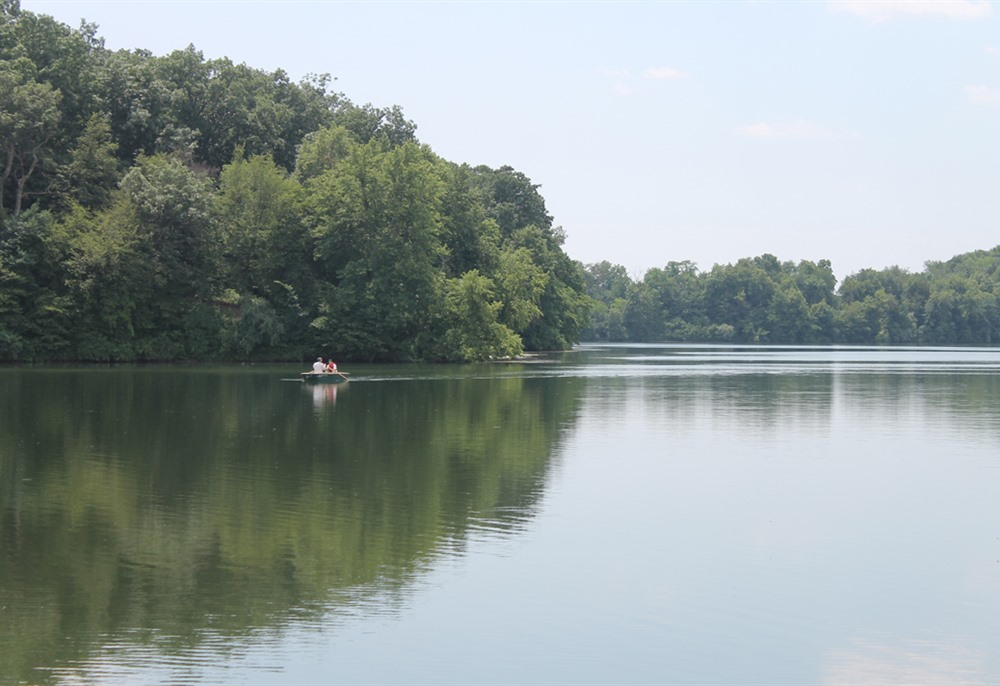 Boating (electric motor only) on Briggs Woods Park lake
