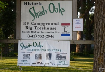 Entrance to Shady Oaks