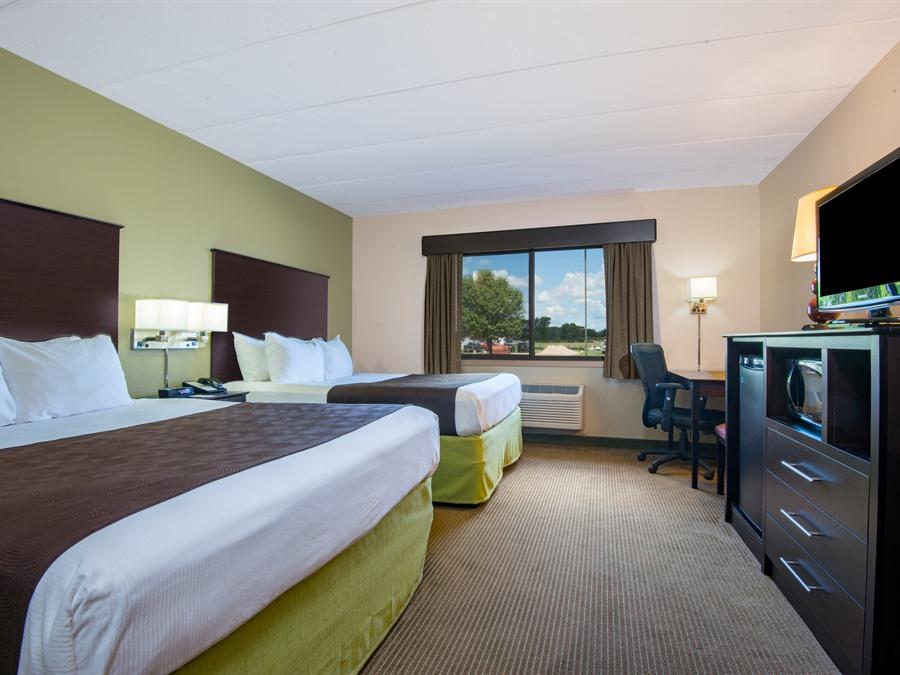 Americinn Lodge Suites Of Okoboji Okoboji Iowa Travel Iowa