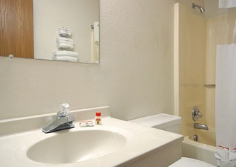 Super 8 Motel Burlington IA Guest Bath