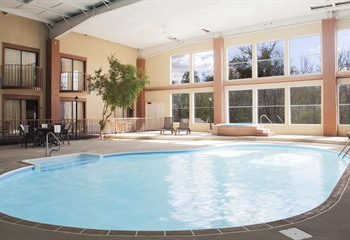 Best Western Fairfield IA Pool