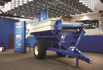 Kinze Grain Cart