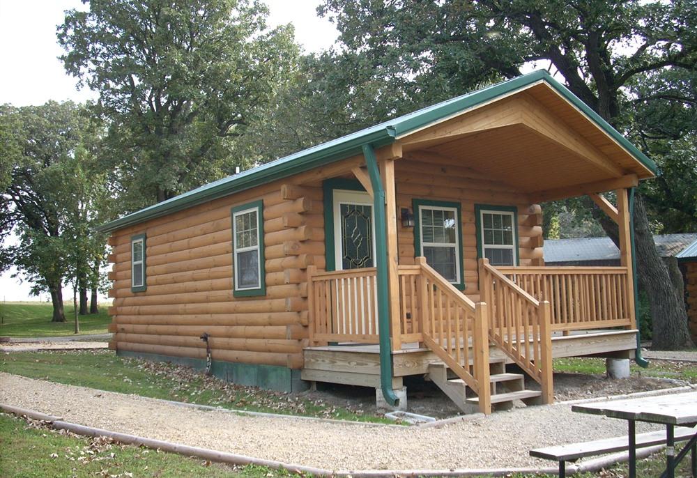 Crystal Lake Park Cabins Forest City Iowa Travel Iowa