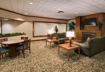 Holiday Inn & Suites Northwest Des Moines Lobby
