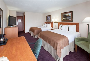 Holiday Inn & Suites Northwest Des Moines Double Queen Room
