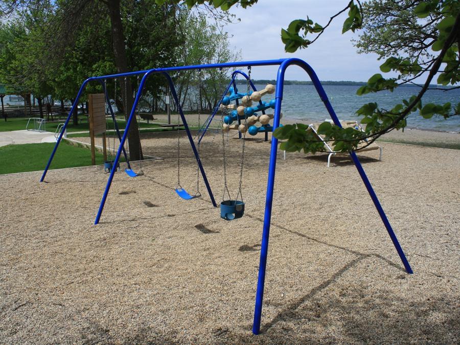 Ainsworth-Orleans Beach - Spirit Lake, Iowa | Travel Iowa