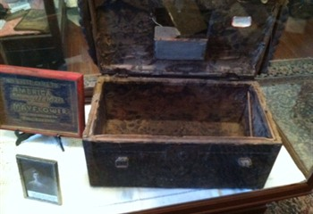 Mayflower Trunk