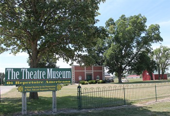 The Theatre Museum of Repertoire Americana