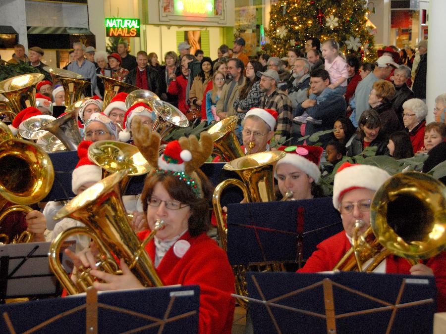 Tuba Christmas.Tuba Christmas