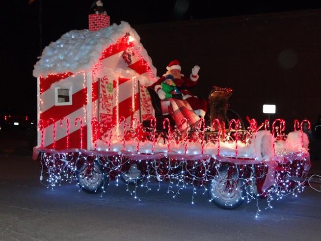 30 Years of Christmas Past: Main Street Lighted Christmas Parade ...
